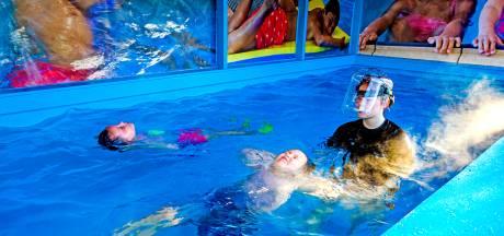 'Dadelijk gaan we nog afzwemmen in opblaasbare badjes in de tuin'