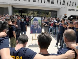 Vier personen opgepakt na moord op Franse agent (36), duizenden aanwezigen op herdenking
