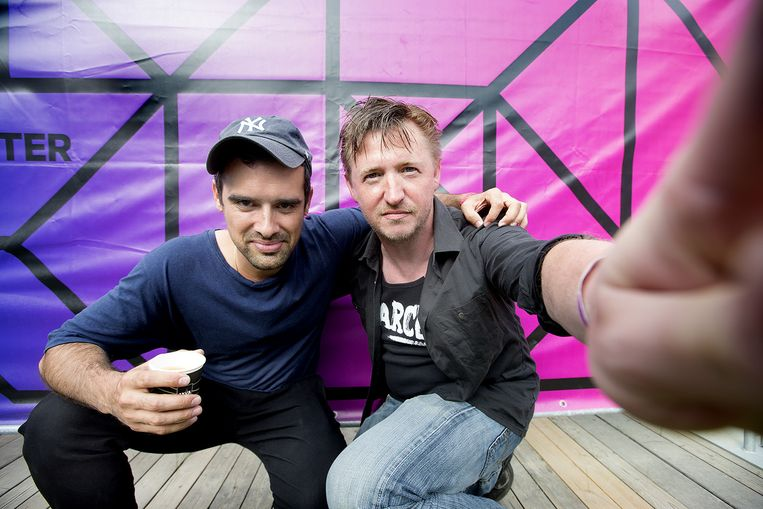 Gabriel Rios met muziekchef Bart Steenhaut. Beeld Harry Heuts