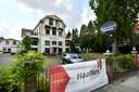 Na de bouwvak begint de aannemer met een grote klus: de renovatie van het voormalige hotel Rodenbach.