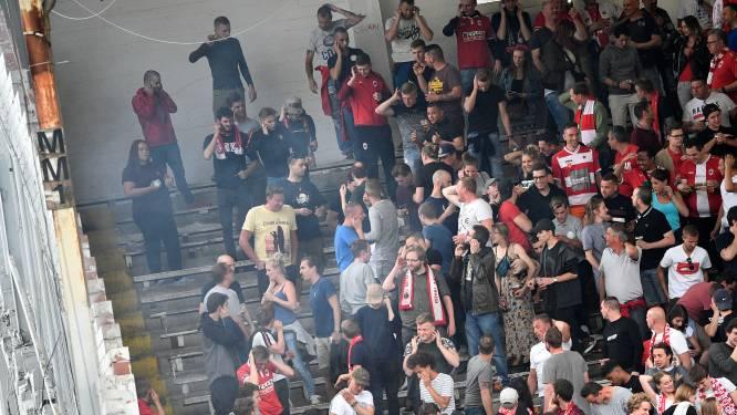 """Mannen die voetzoeker afstaken in Bosuilstadion riskeren 8 jaar stadionverbod: """"Mijn cliënt dacht dat het om een rookbommetje ging"""""""