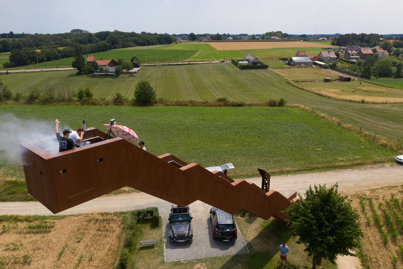 Dj-feestje bouwen op de Vlooybergtoren.