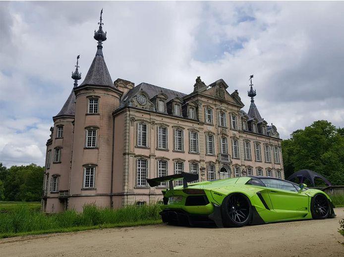 De happening vindt plaats aan het kasteel van Poeke.