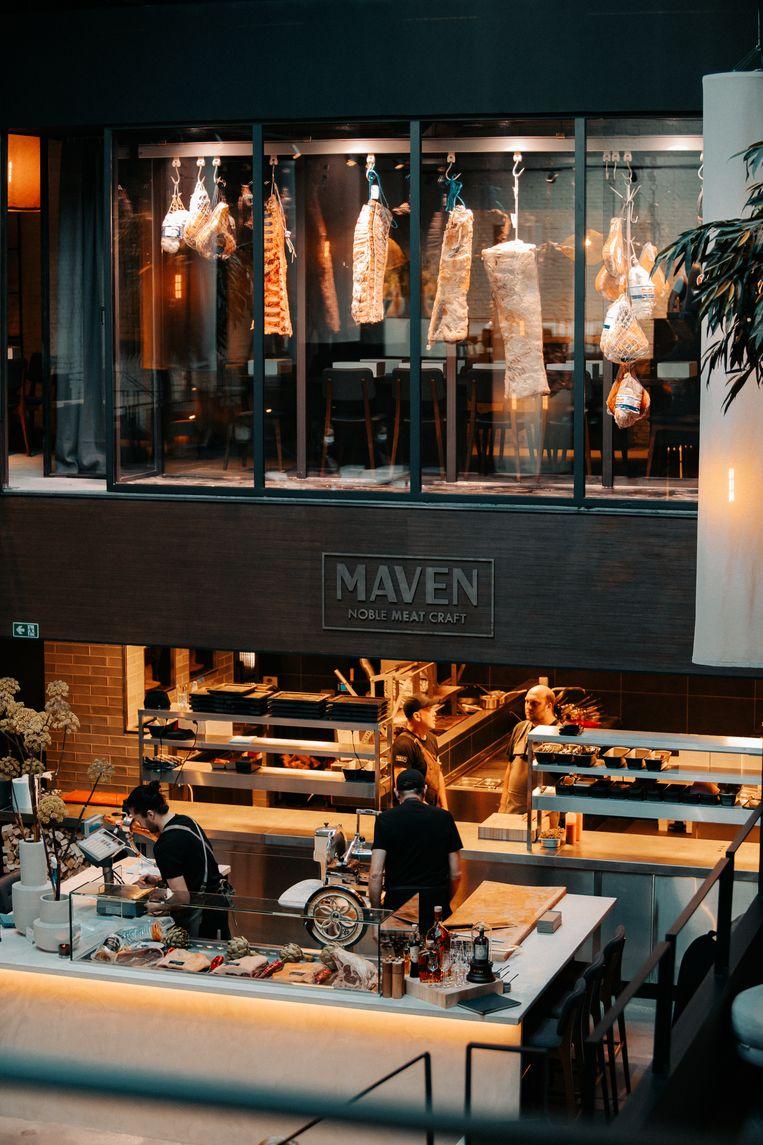 Het interieur van restaurant Maven.
