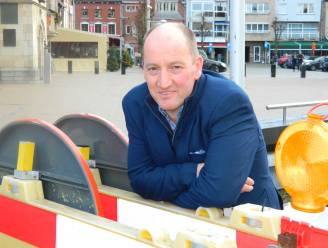 """Witte rook! Burgemeester Luc Vandevelde heeft nieuwe bestuursploeg klaar: """"Vanavond voorstelling nieuw schepencollege"""""""