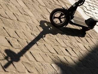Man (24) op elektrische step blaast positief: step voor 12 uur ingehouden door politie