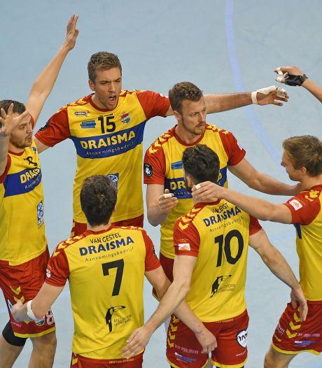 Volleyballers Dynamo spelen in memorial tegen Oranje