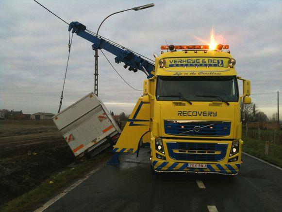 Depannage Verheye uit Ruiselede is gespecialiseerd in het takelen van vrachtwagens of bussen