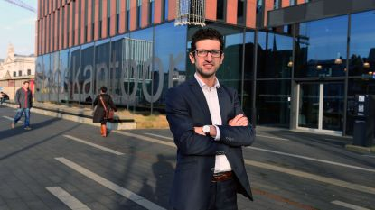 "Burgemeester Ridouani ontzet over brief van deurwaarder in opdracht van stad Leuven: ""Zo'n brutale aanmaning is ontoelaatbaar…"""