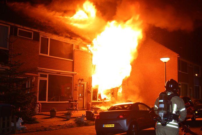 Evert R. is schuldig bevonden aan het stichten van vier branden in Hellevoetsluis. Voor de fatale vuurzee in de Gruttostraat is hij níet veroordeeld.
