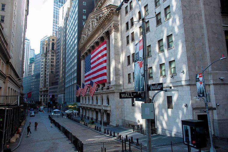 Ondanks de onzekerheid over de uitslag van de presidentsverkiezingen stegen de aandelen op Wall Street.  Beeld AFP