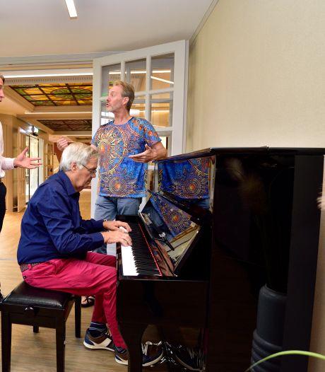 Muziek als medicijn: 'Het is bij dementie één van de laatste dingen die het brein loslaat'