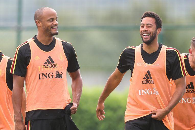 Kompany met Moussa Dembélé op de training van de Rode Duivels deze week.
