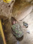 Tijdens werkzaamheden op vliegbasis Gilze-Rijen zijn woensdag verschillende explosieven geruimd, waaronder een Amerikaanse duizendponder.