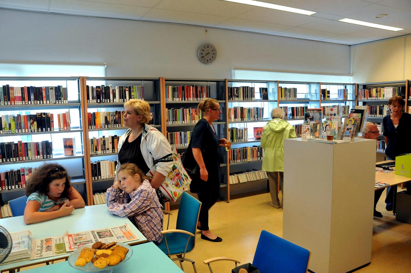 Bibliotheek Lunenhof in Zwijndrecht op archiefbeeld.
