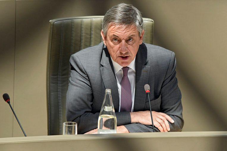 Vlaams minister-president Jan Jambon is van plan om Vlaanderen nog steeds terug naar het 'normale leven' te leiden vanaf 1 september. Beeld Photo News