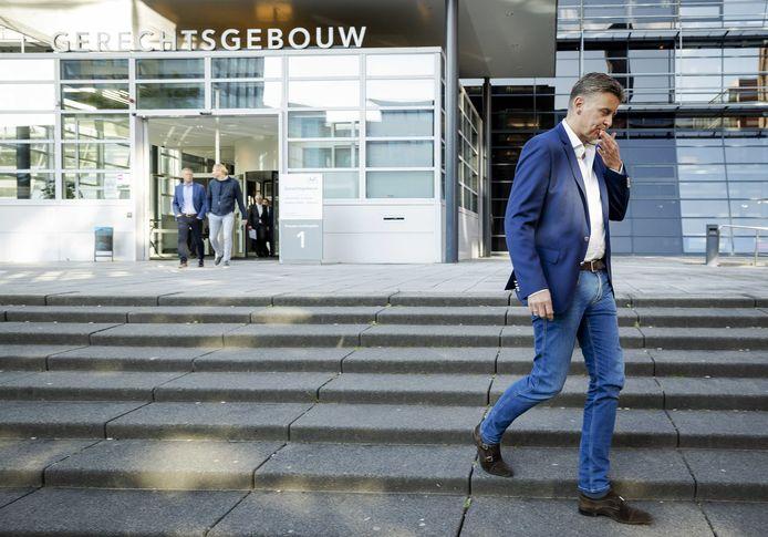 Ard de Graaf, directeur Cambuur na afloop bij de rechtbank.