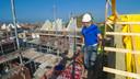 De start van de nieuwbouw in het OranjeDok in Bruinisse in oktober 2013.