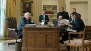 """Campagneteam Trump had langdurig en uitvoerig contact met Russen"""
