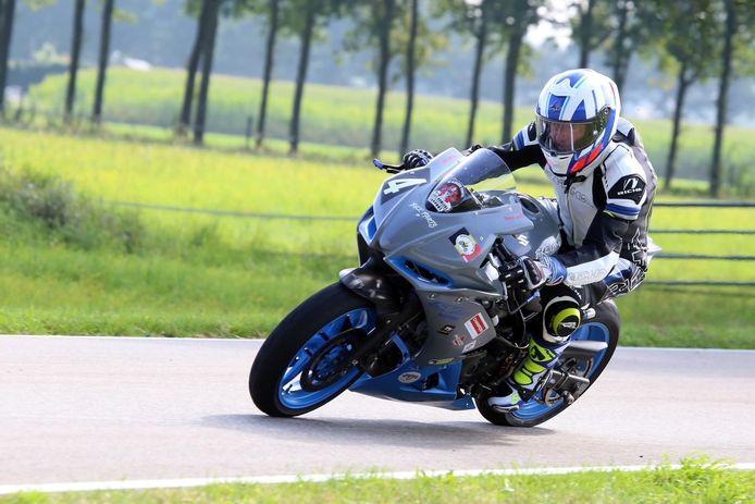 Christophe Carlier in actie tijdens een van de drie straatraces dit seizoen.