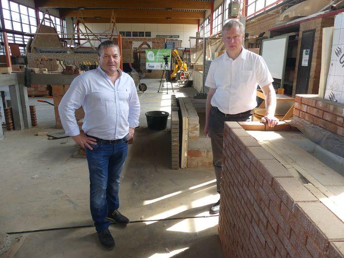 We gingen onder meer in gesprek met directeur Sam Heyerick van het VTI Deinze (rechts op de foto).