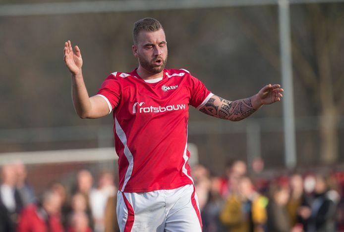Rik van der Eerden scoorde een hattrick voor AZSV.