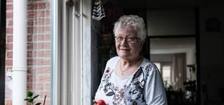 Wil (81) verliest dierbare armband tussen paprika's van Albert Heijn: 'Zo blij dat ik hem terug heb'