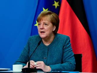 """Merkel: """"Eeuwige plicht om slachtoffers naziregime te herdenken"""""""
