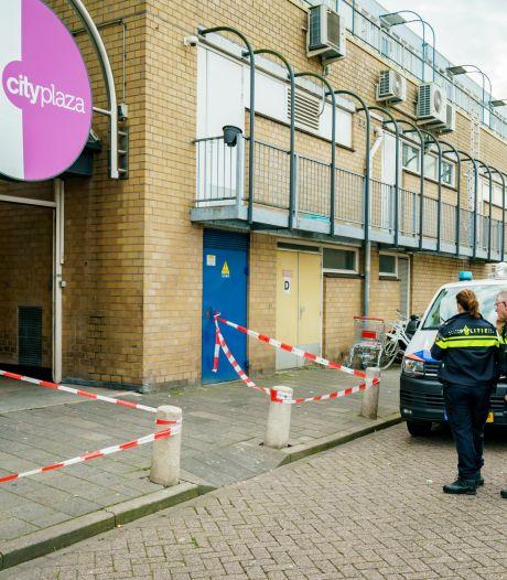 Man neergestoken bij City Plaza in Nieuwegein, slachtoffer zelf naar ziekenhuis