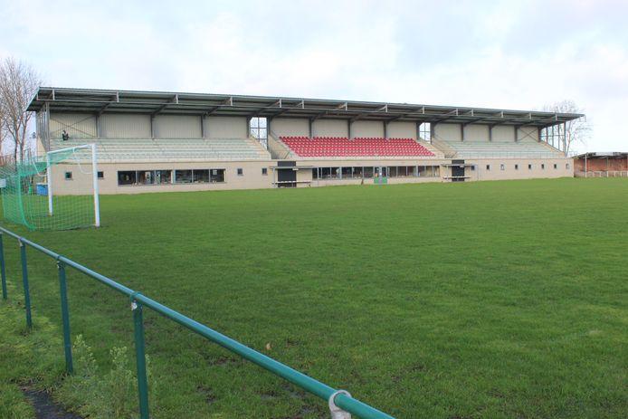 Het voetbalstadion aan de Zandvleuge in Eeklo.