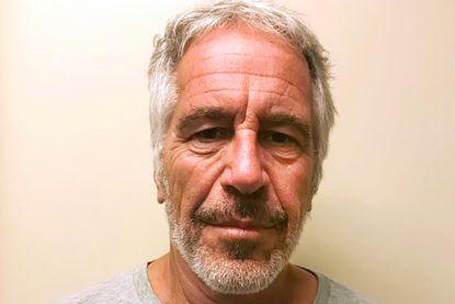 """""""Epstein kreeg voor zijn verjaardag drie Franse meisjes van twaalf jaar om te misbruiken"""""""