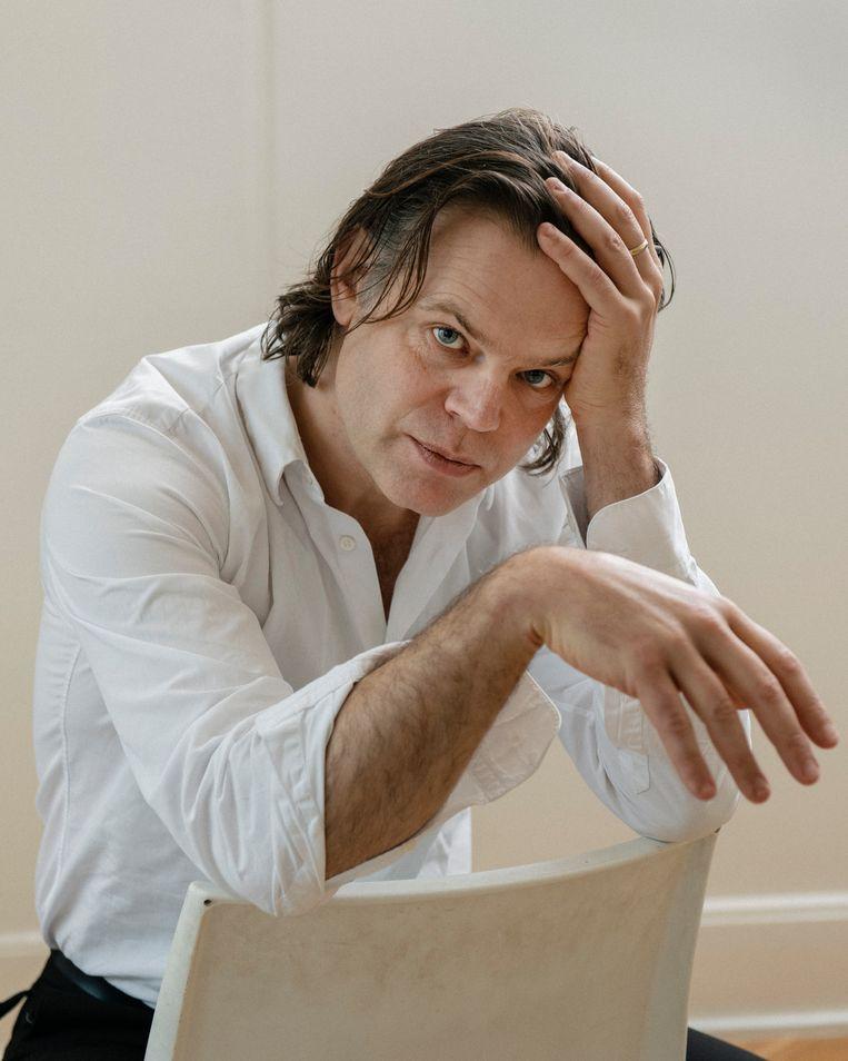 Renzo Martens, regisseur van White Cube. Beeld Max Pinckers