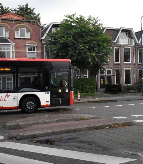 Nieuwe busbaan? Bewoners in Woerden willen het niet: 'Het wordt alleen maar risicovoller'