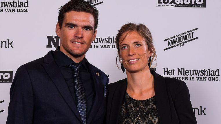 Greg Van Avermaet met vriendin Ellen. Beeld BELGA