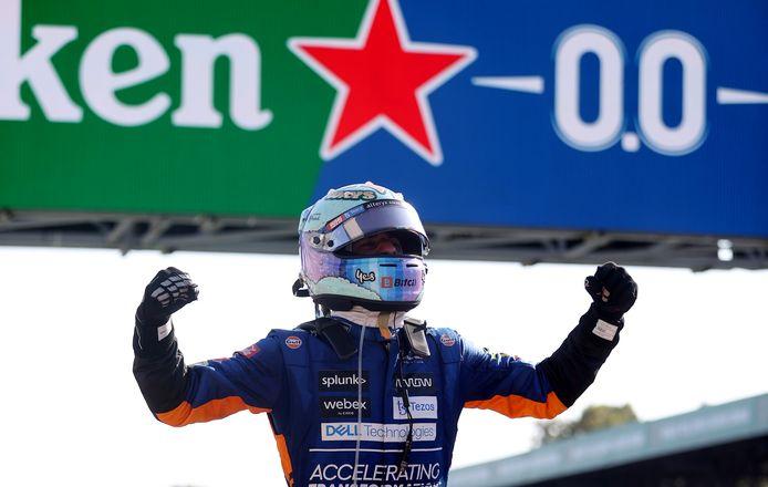 Winnaar Daniel Ricciardo.