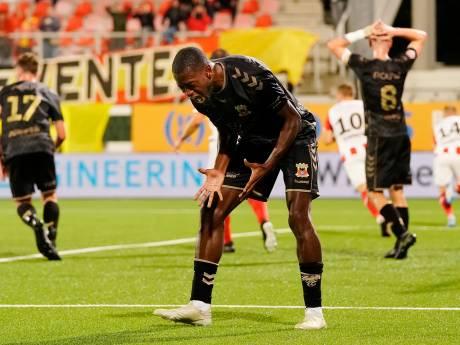 Ambitieuze aanvaller Ngombo wil scoren en promoveren met GA Eagles