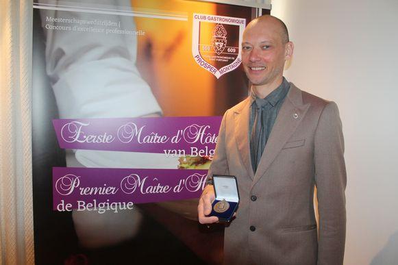 Andy De Brouwer ontving deze voormiddag zijn medaille voor de titel van Eerste Maître d'hôtel van België.