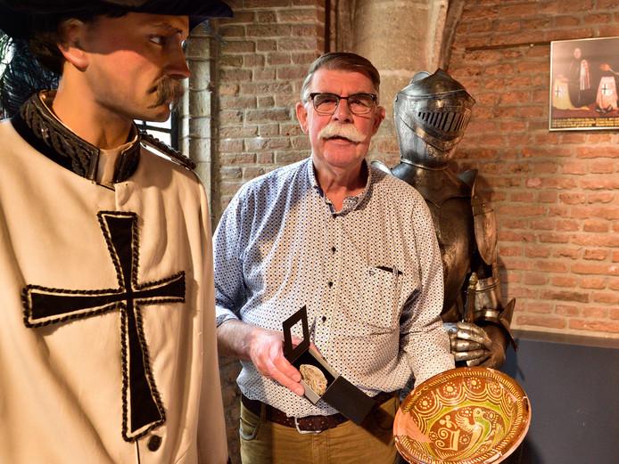 Ben Peltenburg, de amateurarcheoloog die de Jan van Beaumontpenning heeft ontvangen.