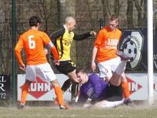 Sergio Kawarmala keert als speler en assistent terug bij Nieuw Woensel