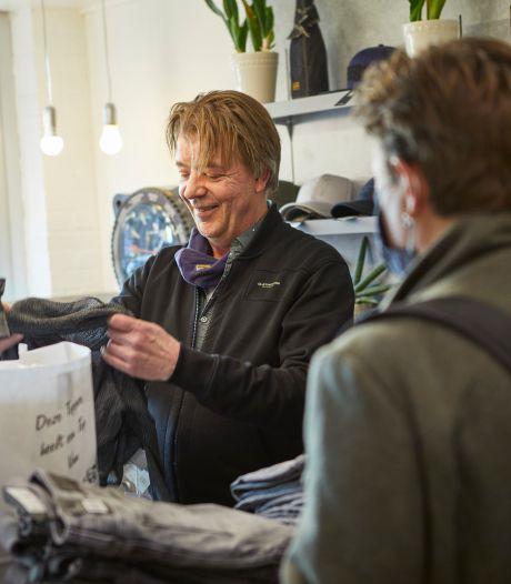 De kassa rinkelt weer in Borculo: 'De eerste klant ging met vijf tassen vol kleding de deur uit'