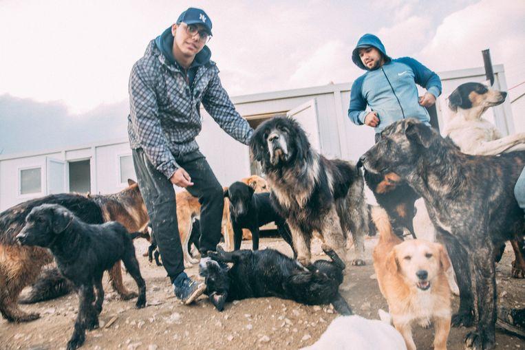 Het Vucjak Shelter is meer een uit de hand gelopen vorm van liefdadigheid. Beeld Marlena Waldthausen