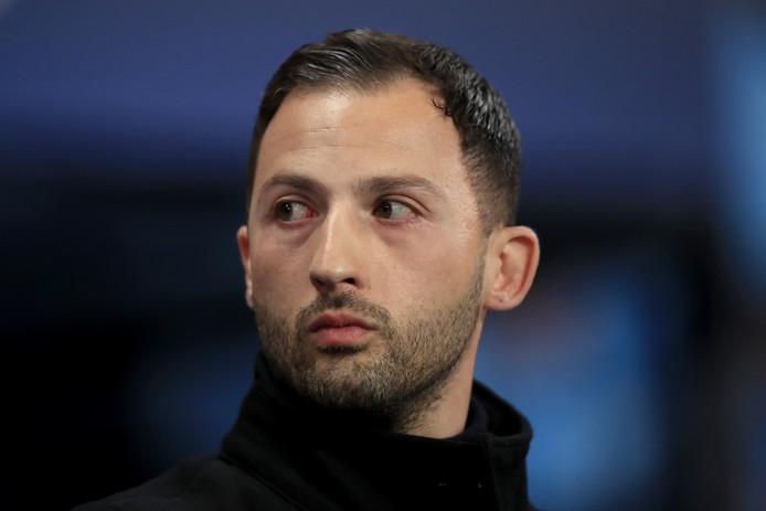 Domenico Tedesco moet het veld ruimen bij Schalke 04.