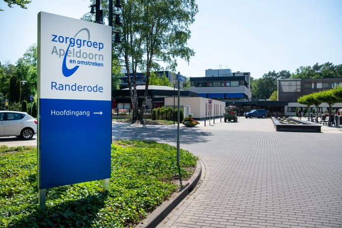 Ter illustratie: Zorggroep Apeldoorn en omstreken neemt afscheid van de wijkverpleging en concentreert zich met name op haar kernactiviteiten als verpleeghuiszorg.