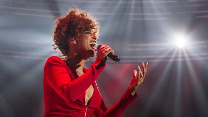Glennis Grace in Lotto Arena met eerbetoon aan Whitney Houston