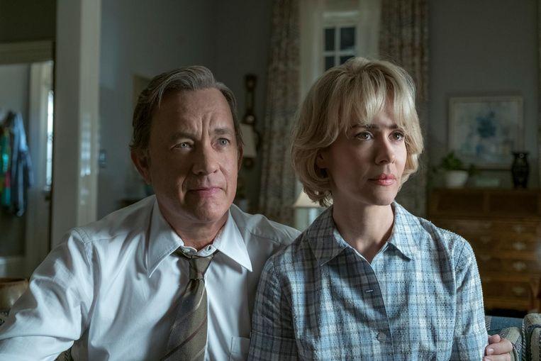 Tom Hanks als Ben Bradlee en Sarah Paulson als Tony Bradlee in The Post. Beeld null