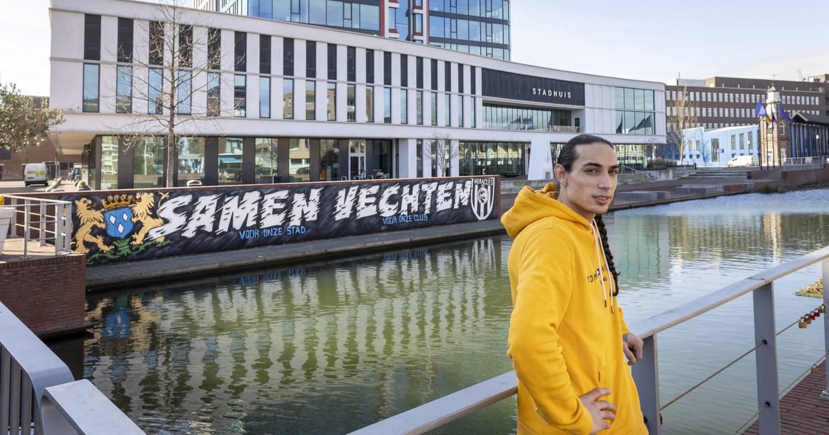 Zoon van oud FC Twente-speler maakte levensgroot graffitikunstwerk voor Heracles in aanloop naar derby: 'Direct een hartje en een duimpje' - Tubantia