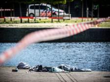 Verwarde man steekt drie mensen neer in Den Haag