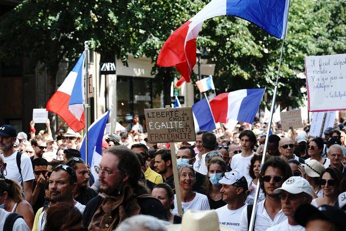 Protest tegen de coronapas in Nice afgelopen weekend.