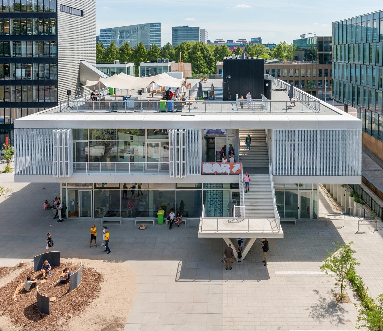 Het nieuwe gebouw van de Gerrit Rietveld Academie in Amsterdam. Beeld Remco Bruggink, Hootsmans Architectuurbureau