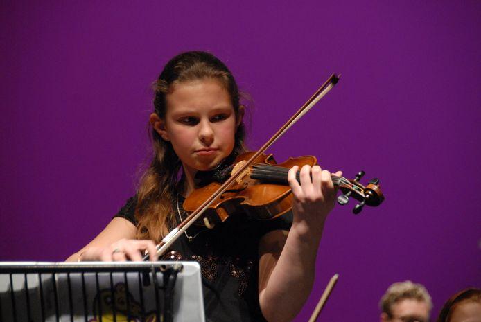Soliste Laura Tielen speelde brutaal Beethoven.